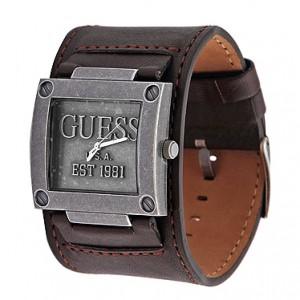 Часы марки guess